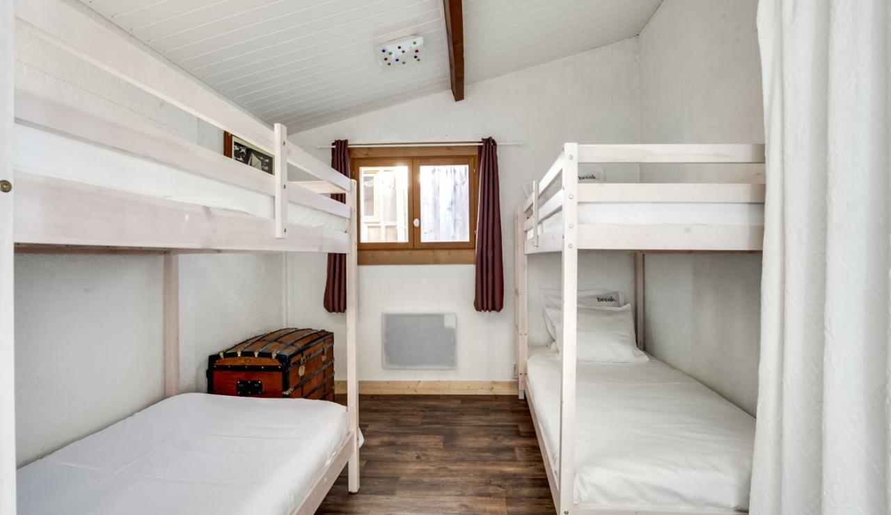 cap-ferret-beach-house-bedroom-2