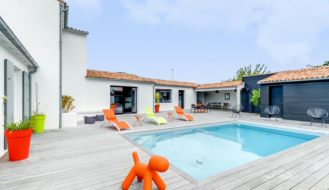 les-portes-en-re-villa-pool-2