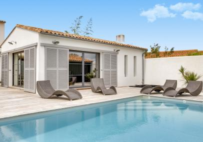Ile de Re family villa heated pool