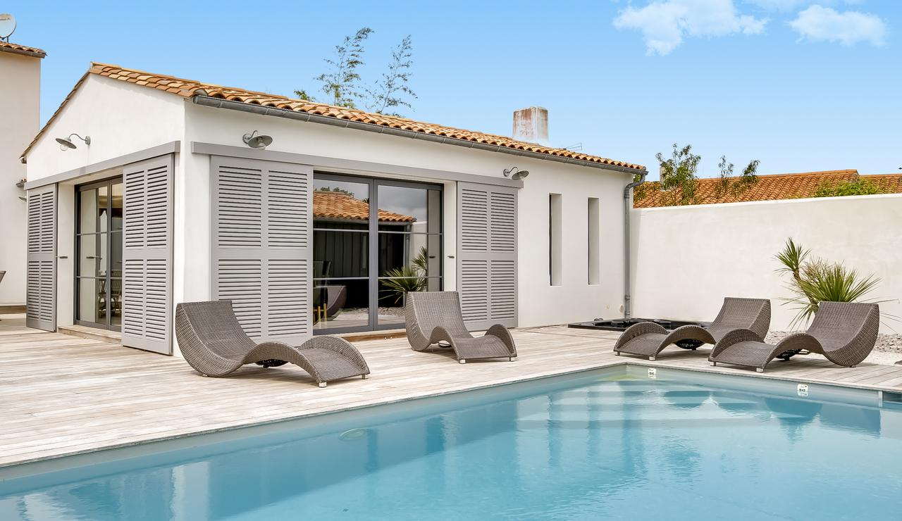 ile-de-re-family-villa-heated-pool