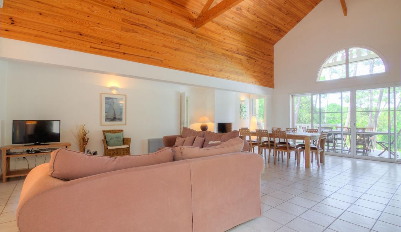 atlantic-green-lacanau-villa-sitting-dining