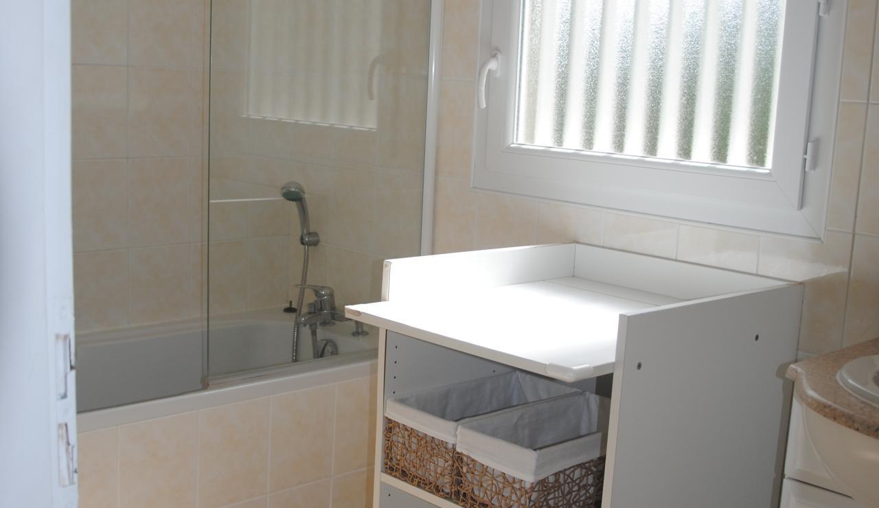 070 Villa Estival bathroom