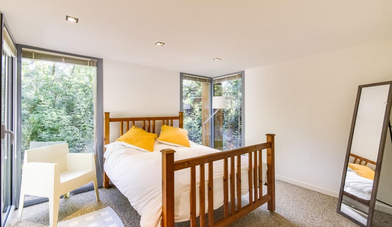 cap-ferret-walk-to-beach-house-downstairs-bedroom-3