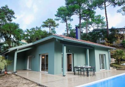 Hossegor beach villa heated pool