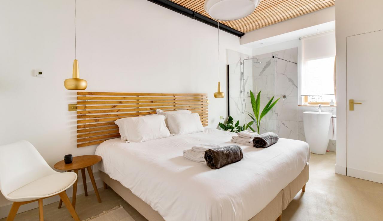 hossegor-design-villa-with-pool-bedroom-1