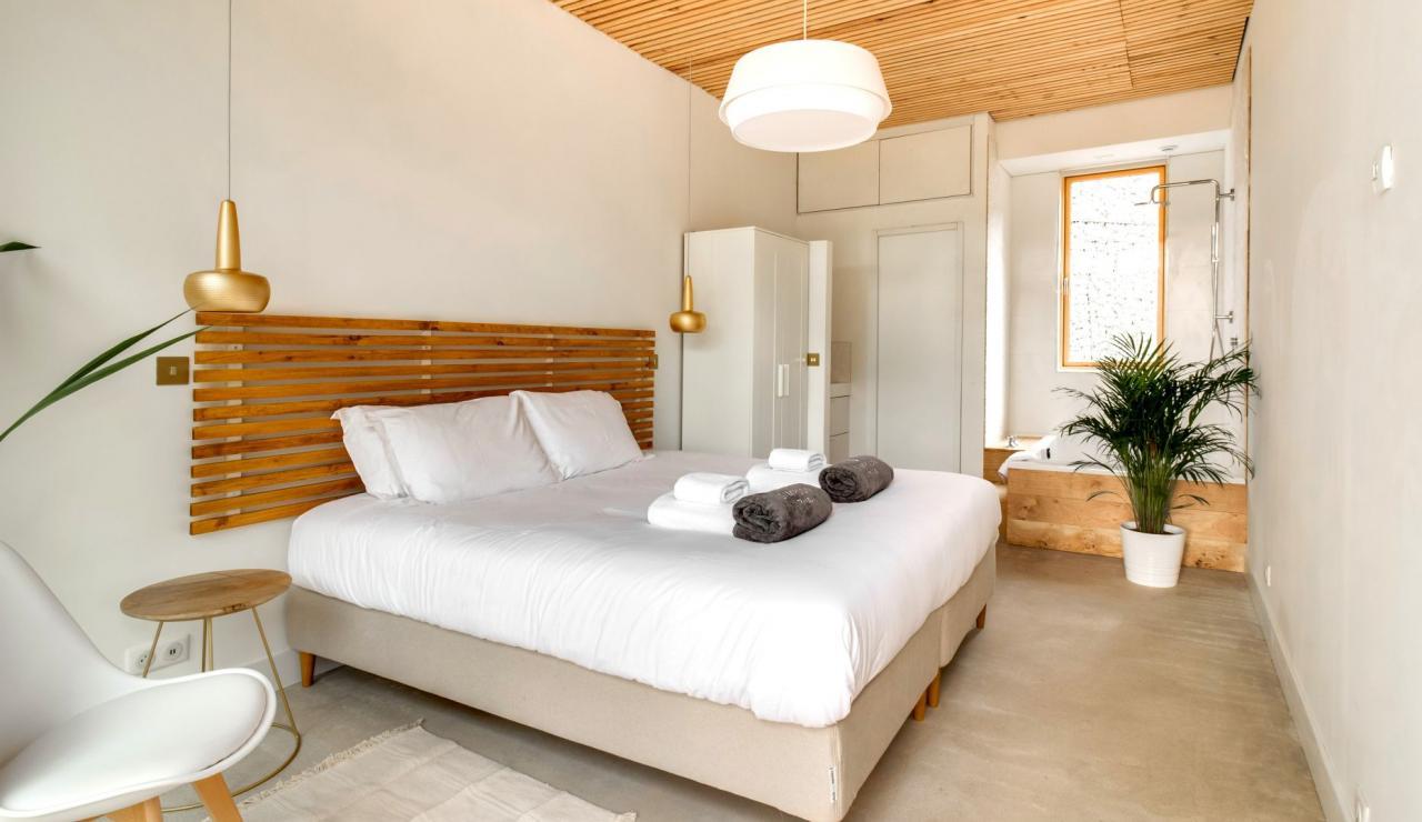 hossegor-design-villa-with-pool-bedroom-2