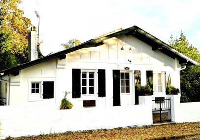 Bidart villa exterior