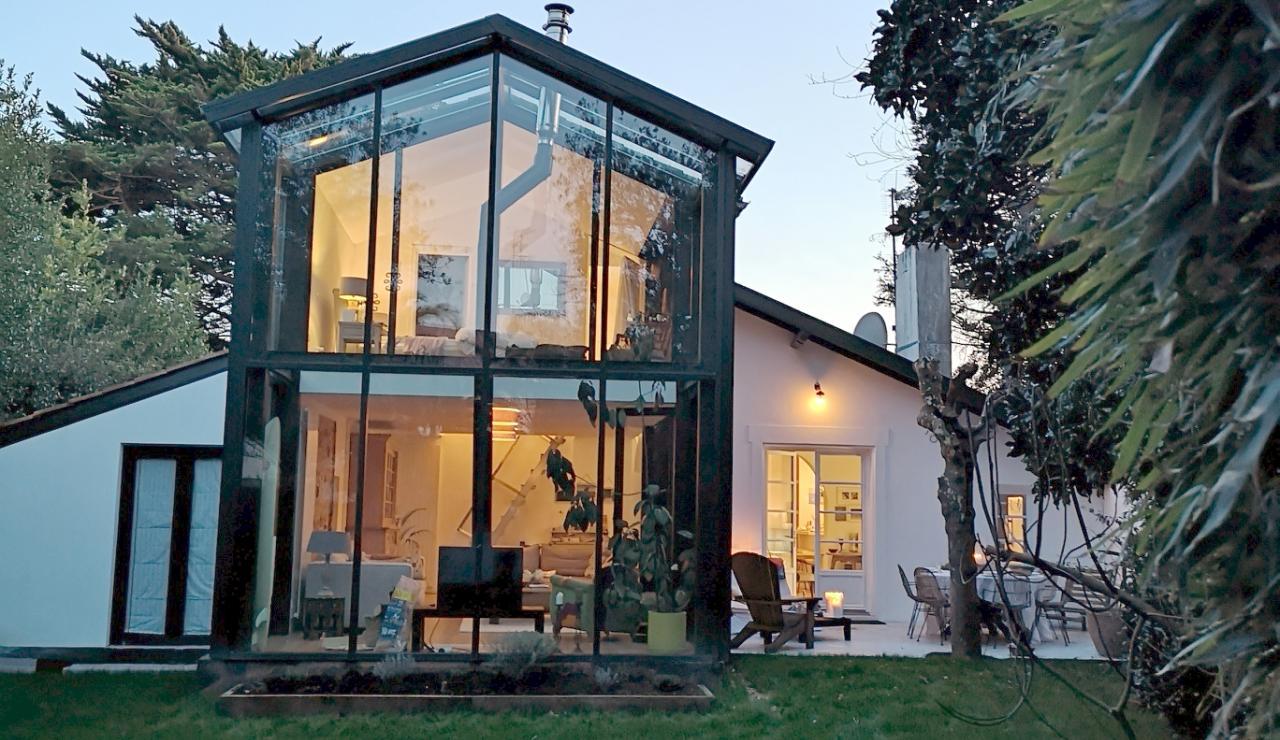 biarritz-beach-house-back-garden
