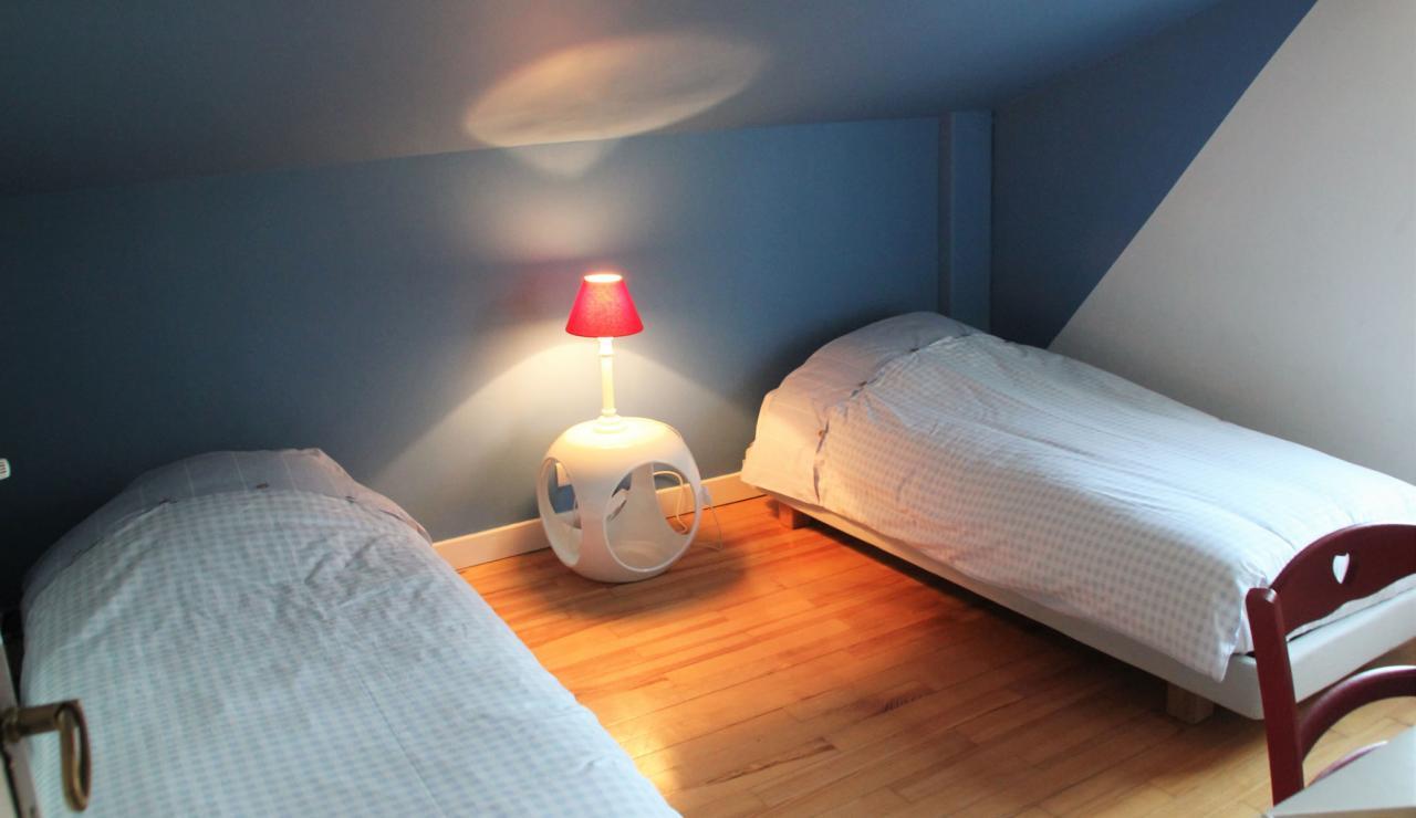 villa-chiberta-twin-bedroom