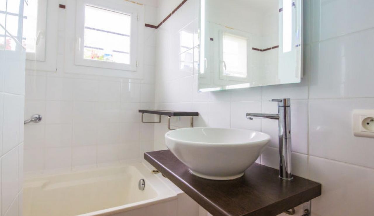 villa-chiberta-bathroom