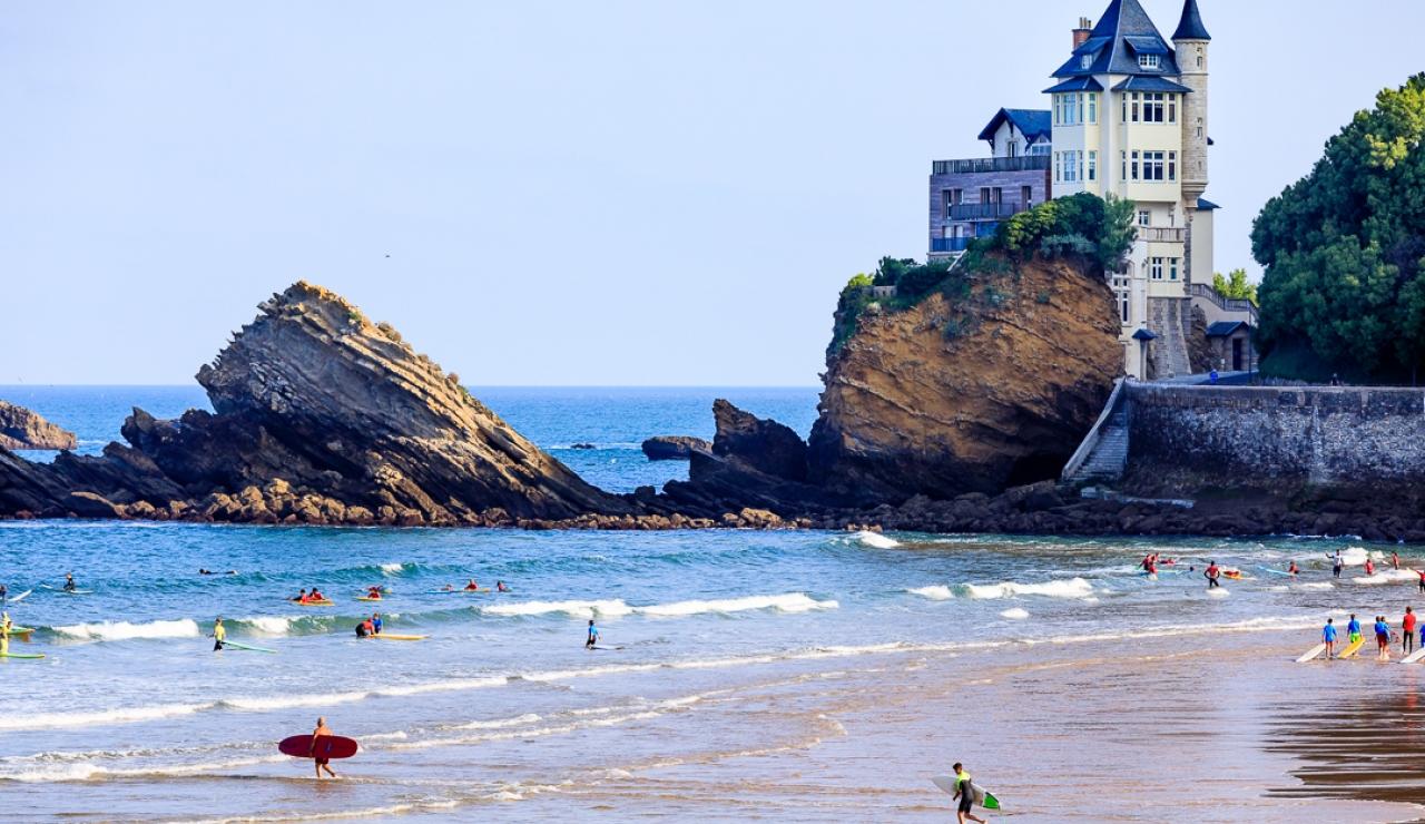 villa-belza-cote-des-basques-beach-biarritz