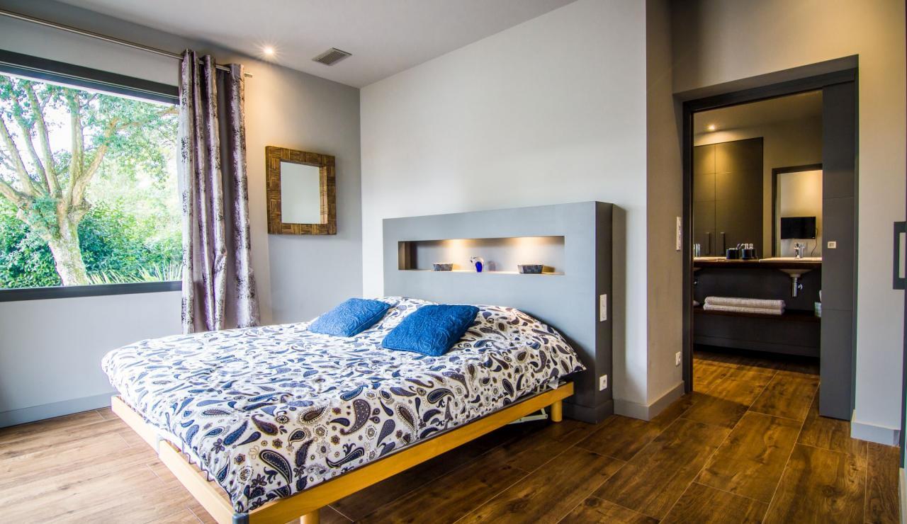 hossegor-villa-zen-bedroom-one
