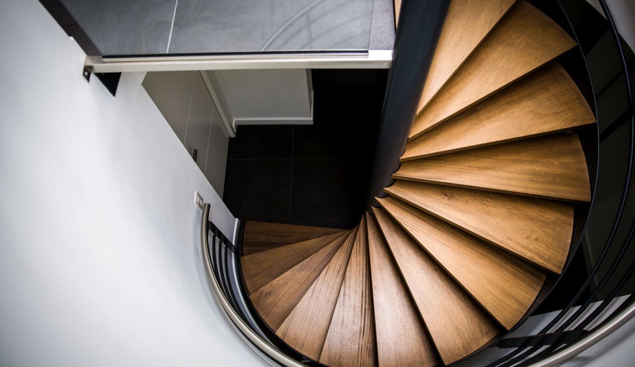 hossegor-villa-zen-staircase