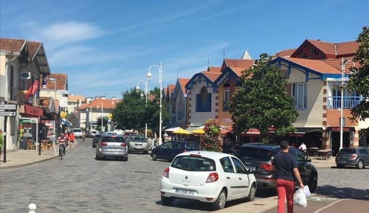 local-quarter-aiguillon