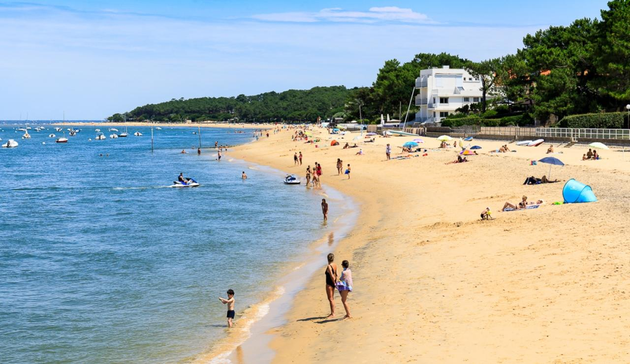 le-moulleau-beaches-2