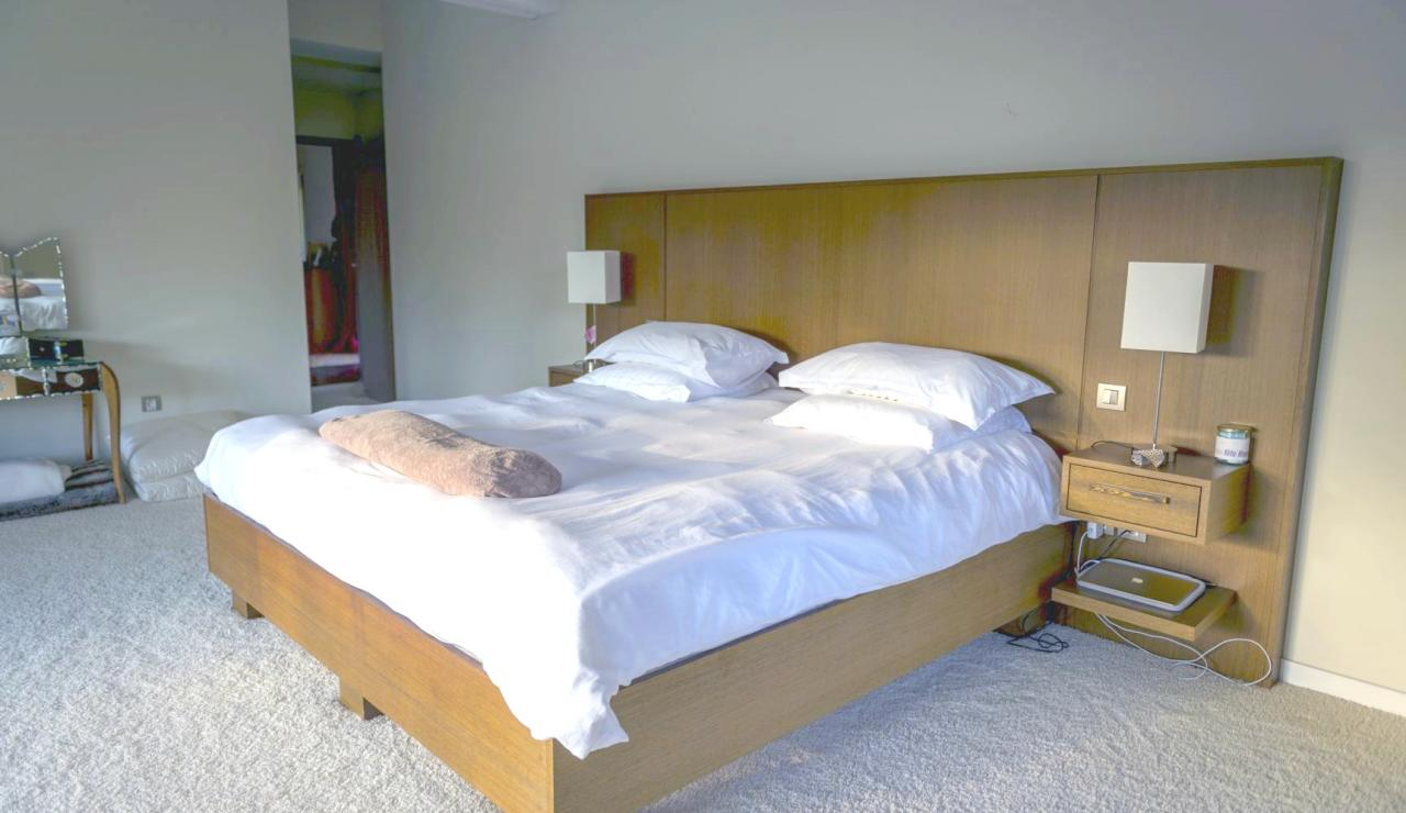 capbreton-luxury-beach-villa-bedroom-2