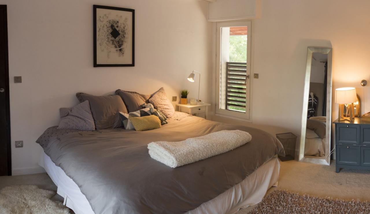 capbreton-luxury-beach-villa-bedroom-3
