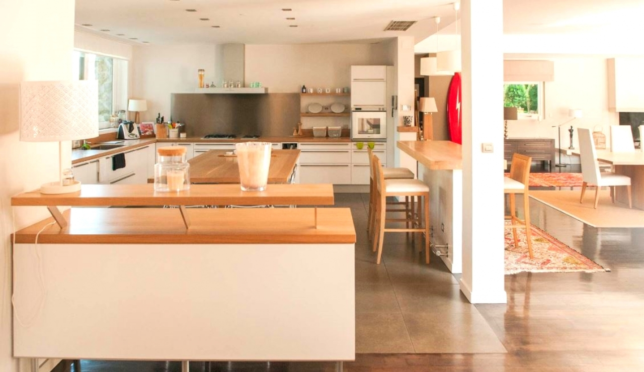 luxury-beach-house-capbreton-kitchen-1