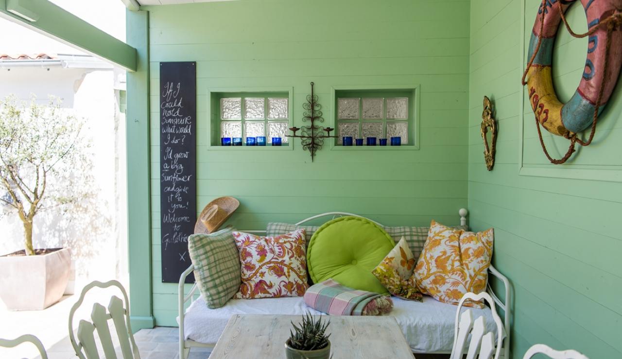charming-ile-de-re-beach-cottage