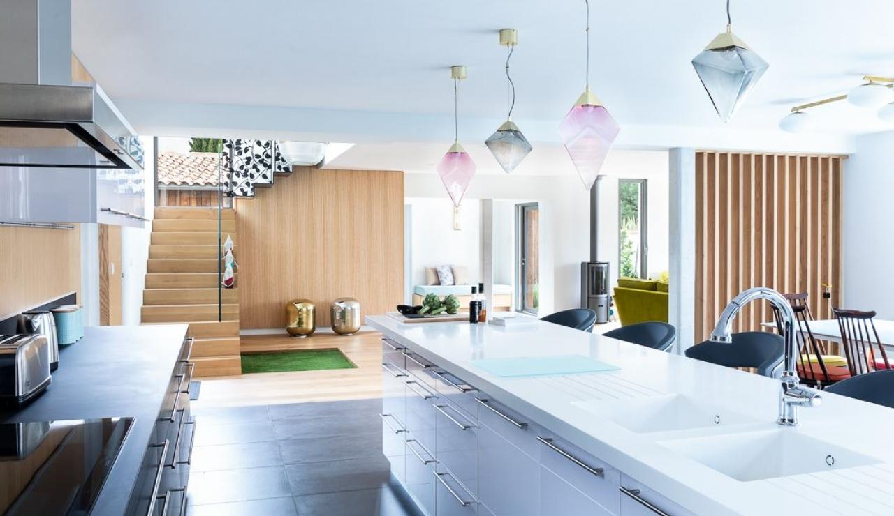 luxury-ile-de-r-villa-with-pool-ensuite