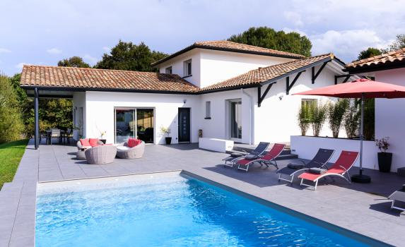 biarritz villa with pool France | Villa Elizaberry