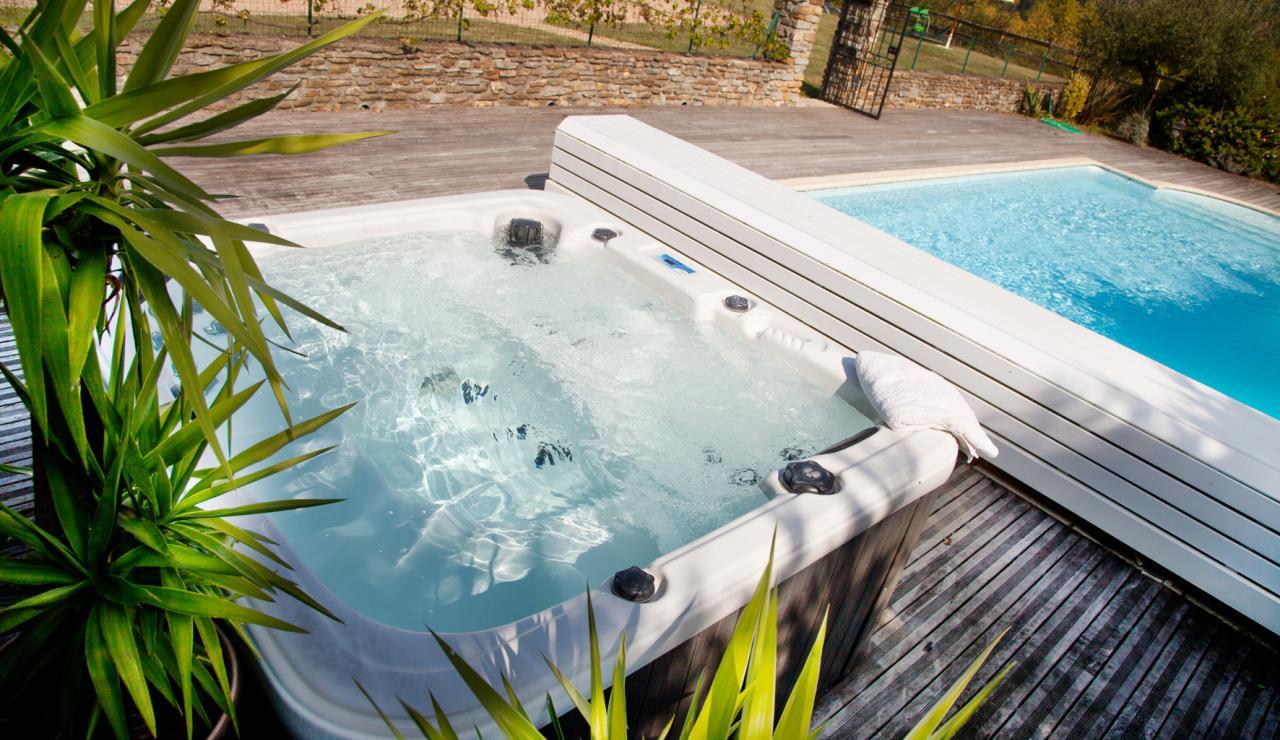 hot-tub-and-pool