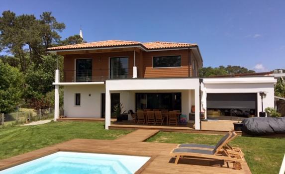 New Hossegor villa with pool
