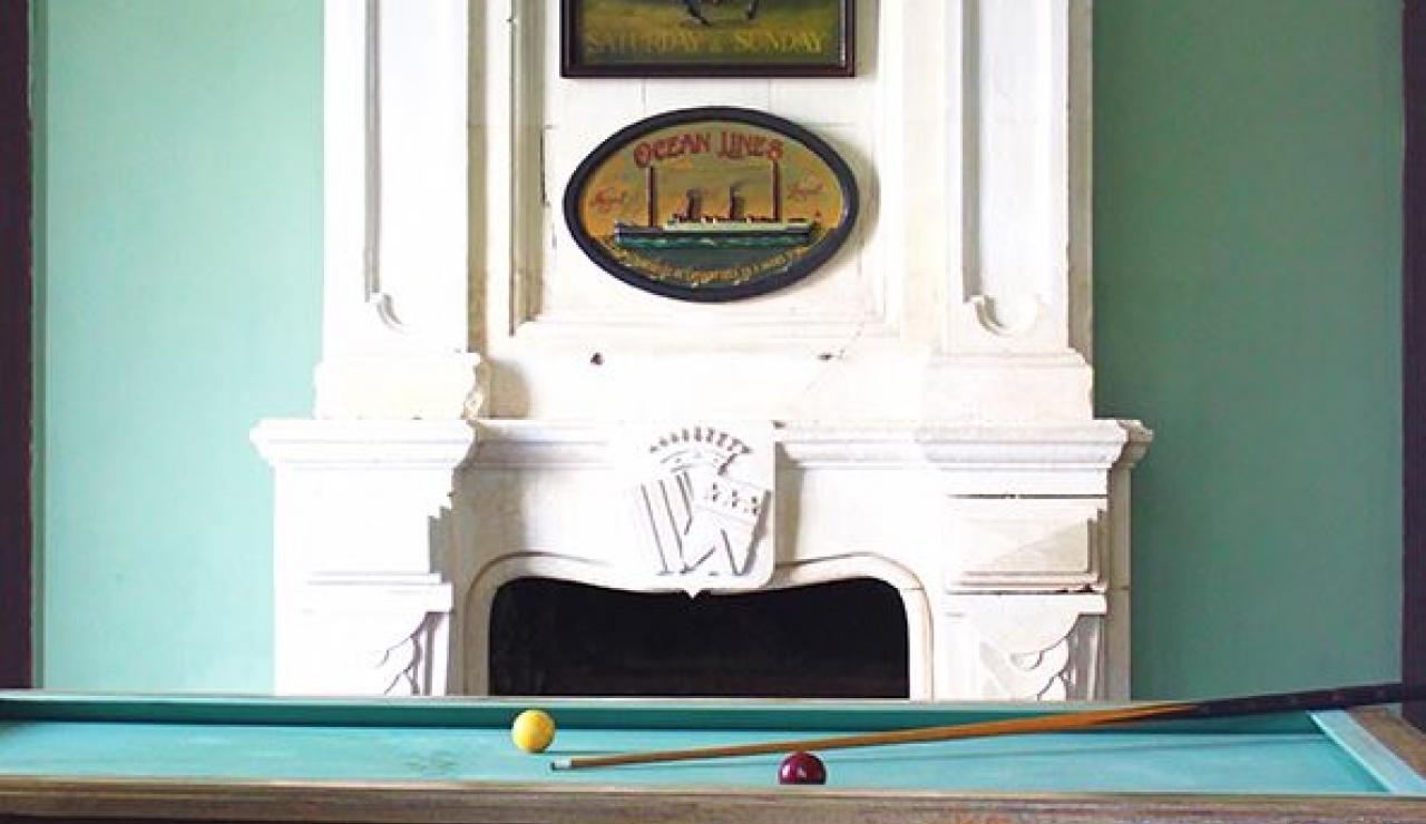 chateau-de-la-forge-billiard-room