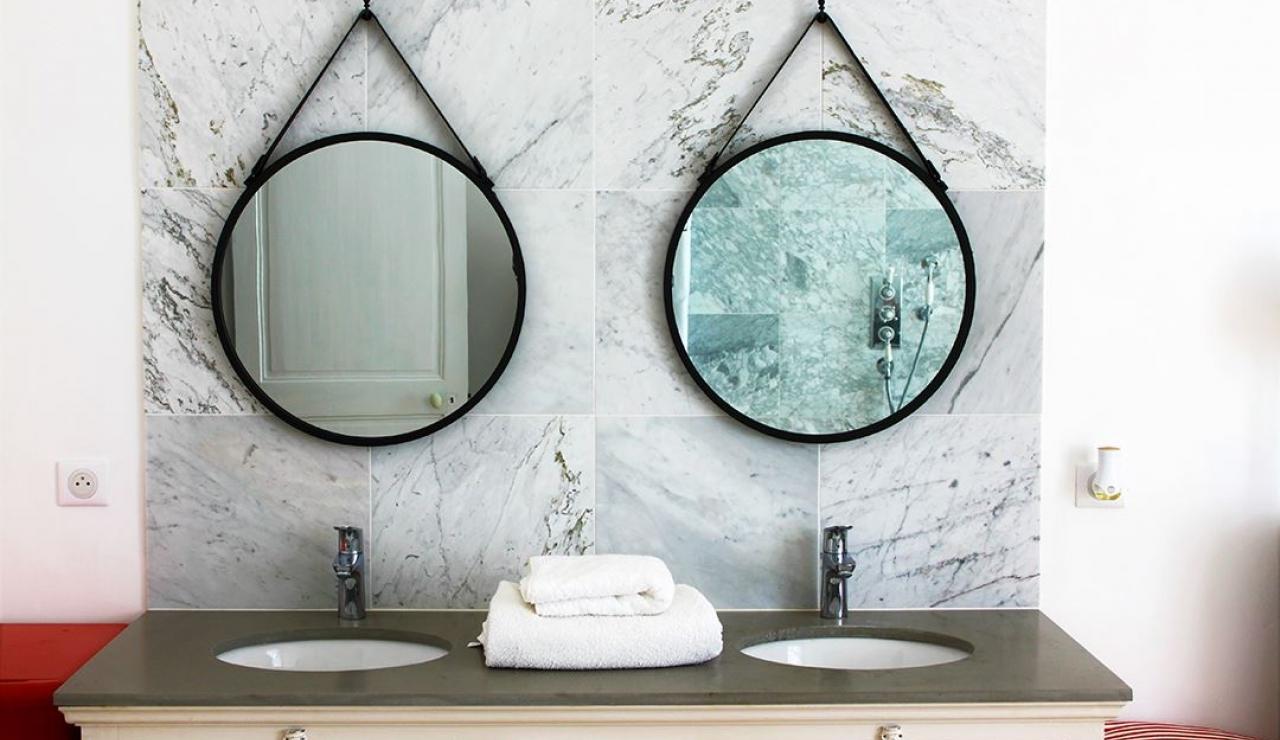 chateau-de-la-forge-bathroom