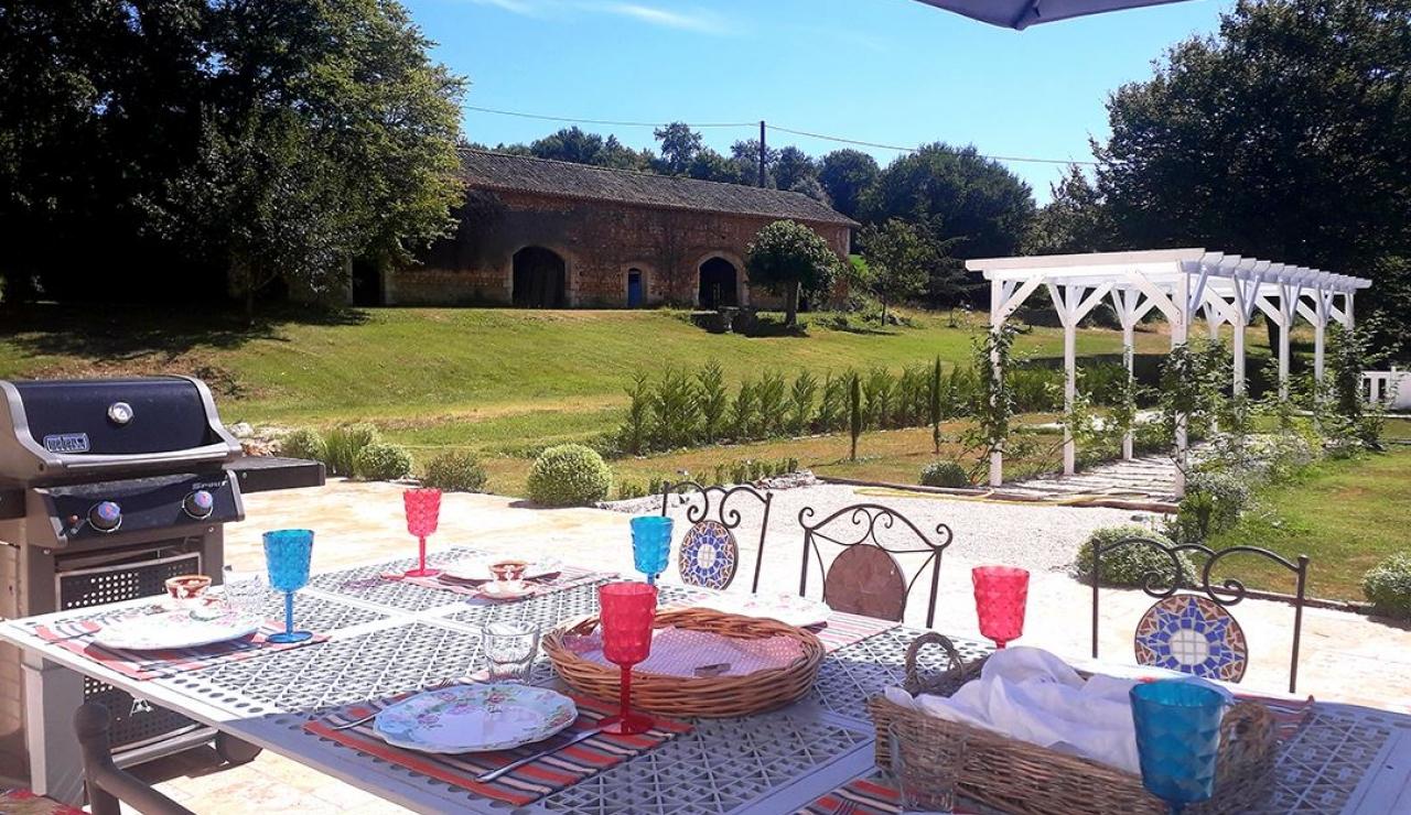 chateau-de-la-forge-terrace