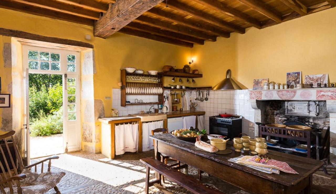 le-petit-mas-kitchen