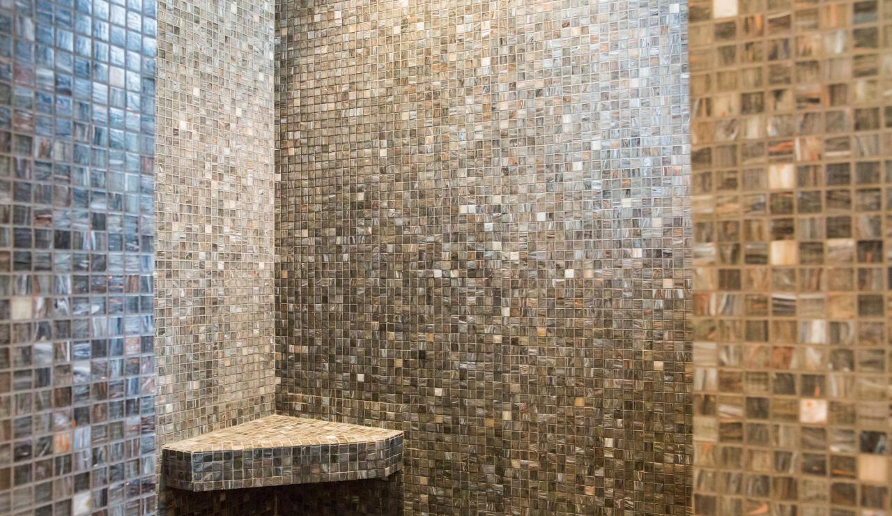089 Maison Tarisse wet room