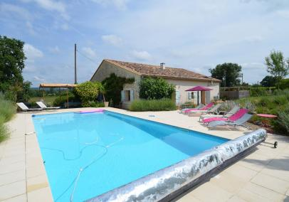 villas in bordeaux with pool | La Grange Pepe