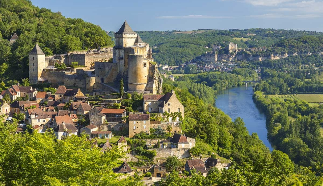villa-holidays-in-dordogne-france