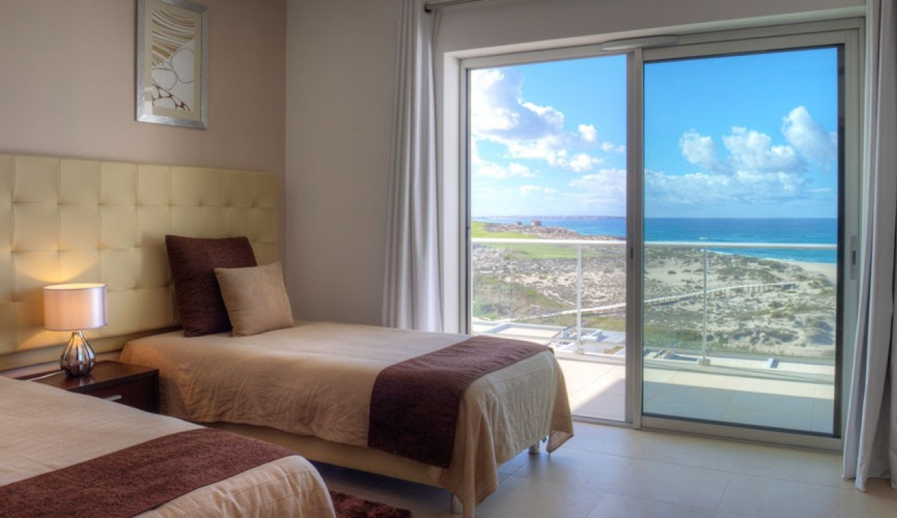 praia-d-el-rey-beachfront-image-8