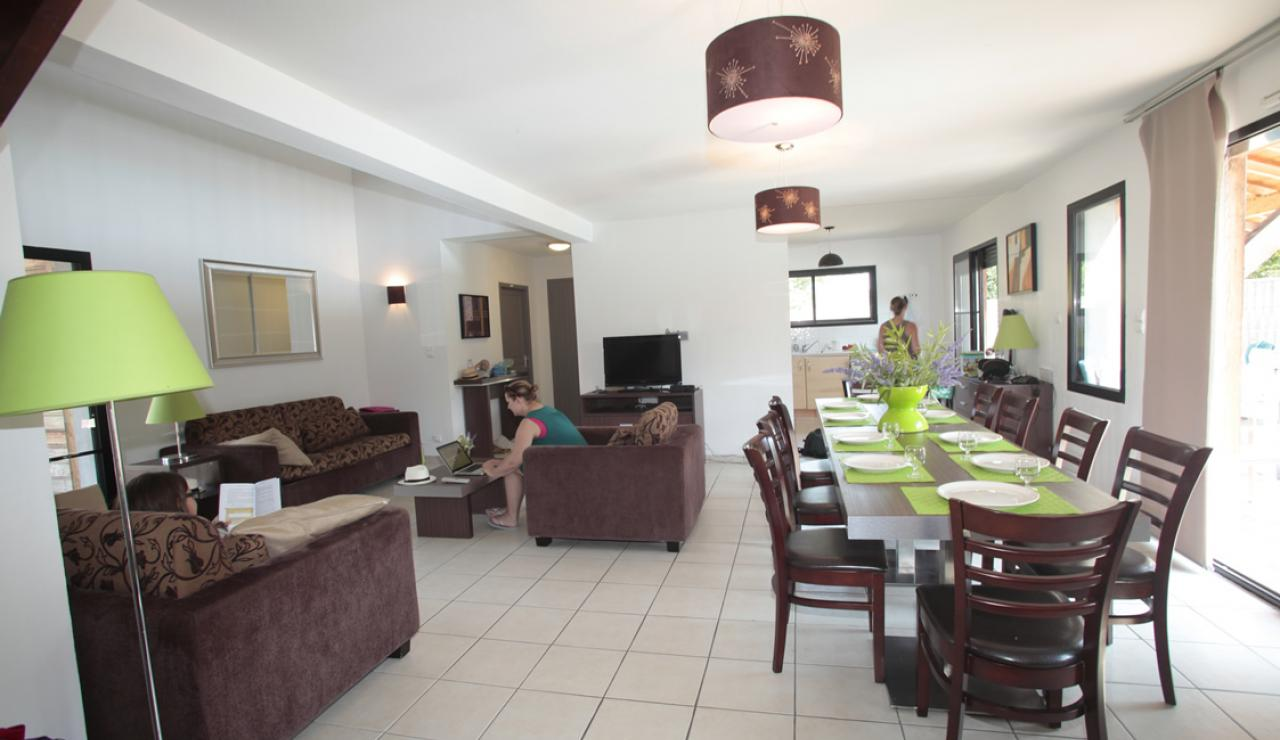 domaine-de-la-prade-messanges-villa-interior