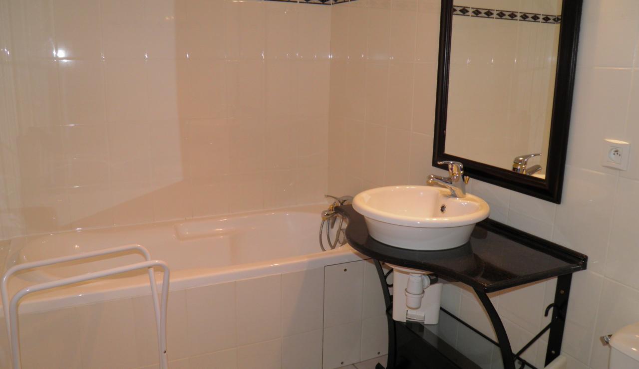 villas-bleues-bathroom