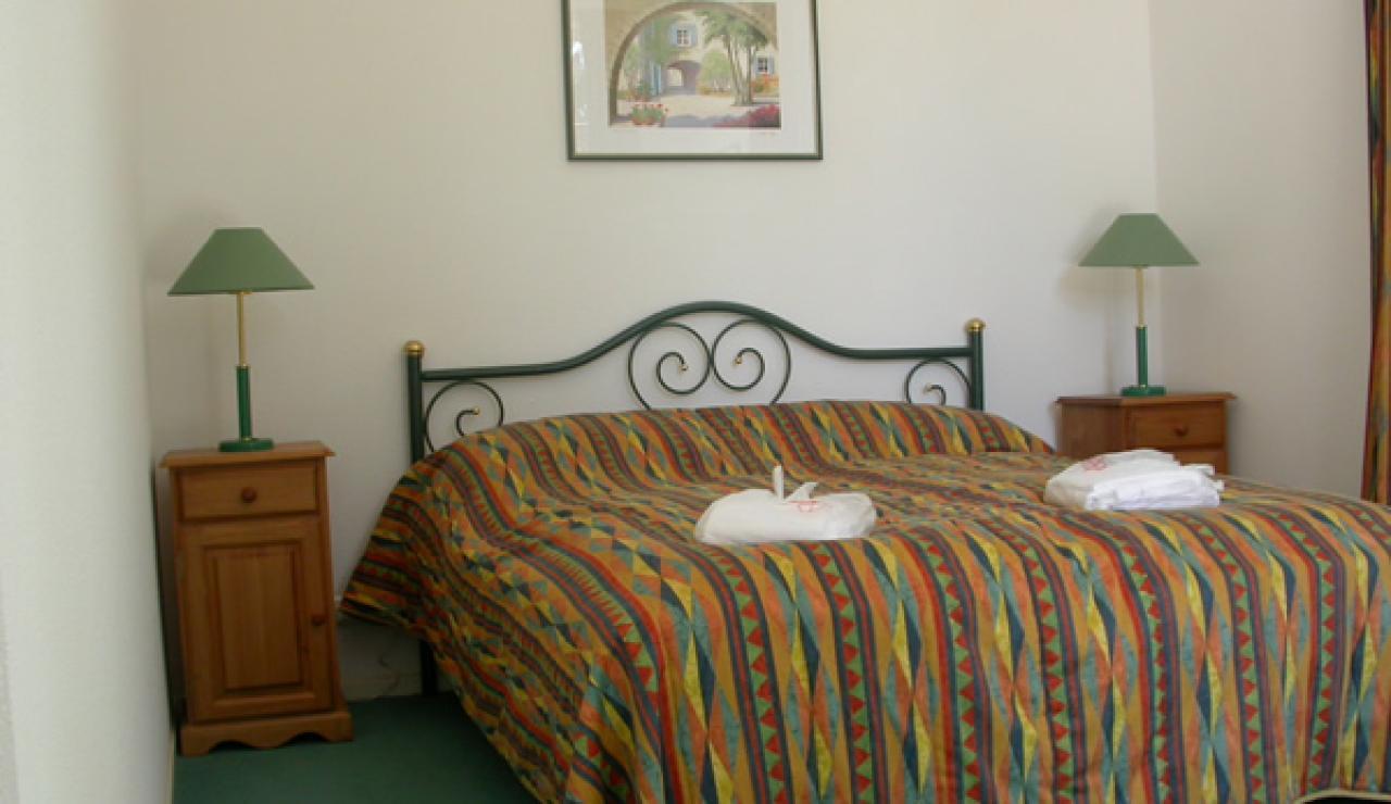 maison-verte-bedroom