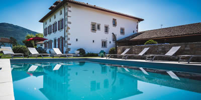 Basque country villa with pool | Villa Azkaine