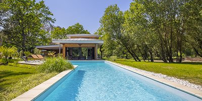 Villas with stunning swimming pool